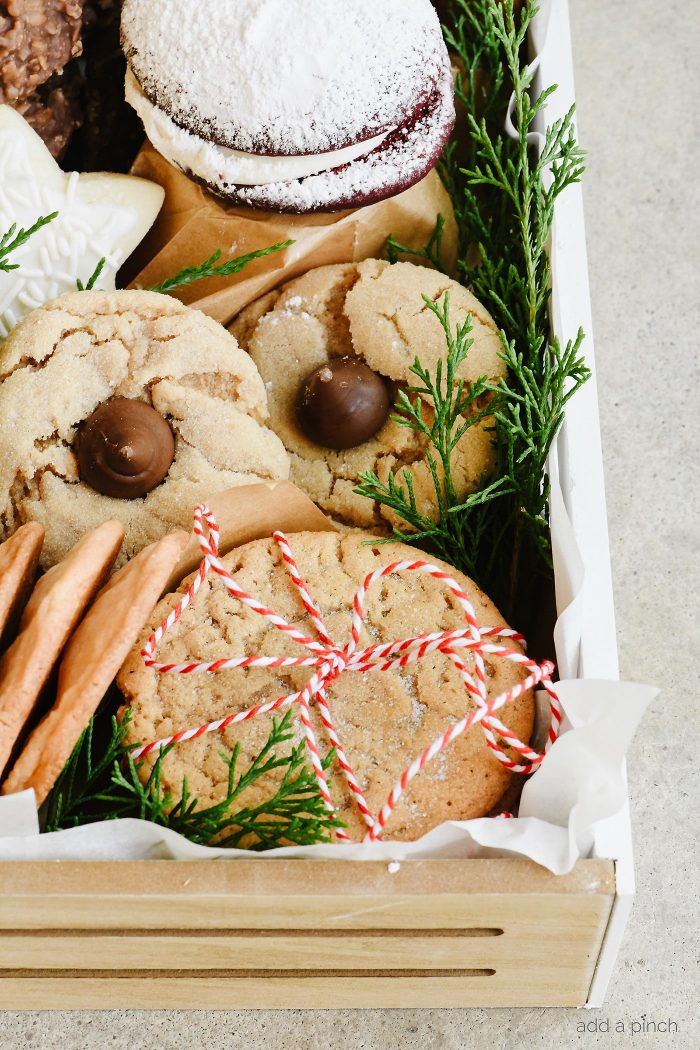 Christmas Cookie Tray - Build a beautiful Christmas Cookie Tray full of all those favorite Christmas cookies they are sure to love!// addapinch.com