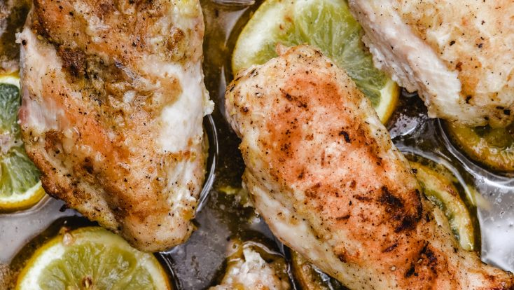 BakedLemon Pepper Chicken makes a delicious and easy chicken recipe! Perfect weeknight supper for the lemon lover! // addapinch.com
